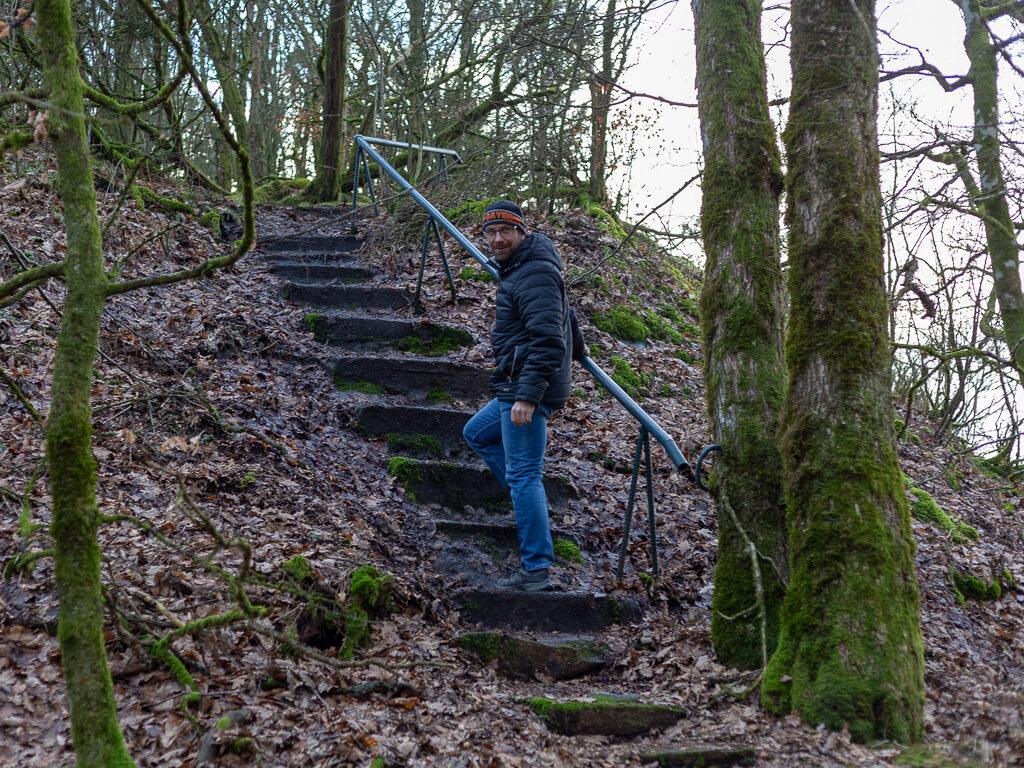 trappsteg sista biten upp till utsiktsplatsen