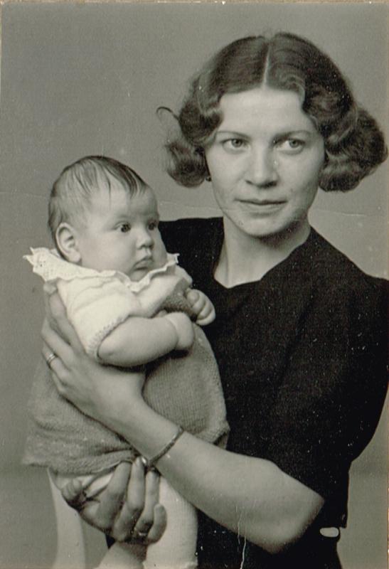 mamma och mormor