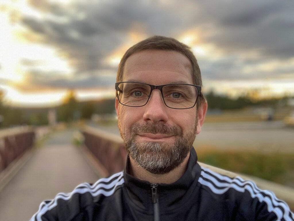 Hans är förväntansfull dagen innan Idre fjällmaraton 2019.